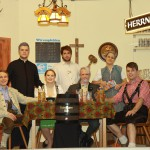 Die Theatergruppe Asbach-Bäumenheim 2012.